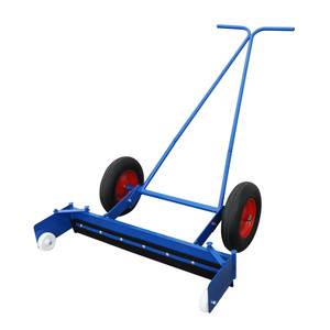 Manual Yard Scraper with Pumped Wheels 40in